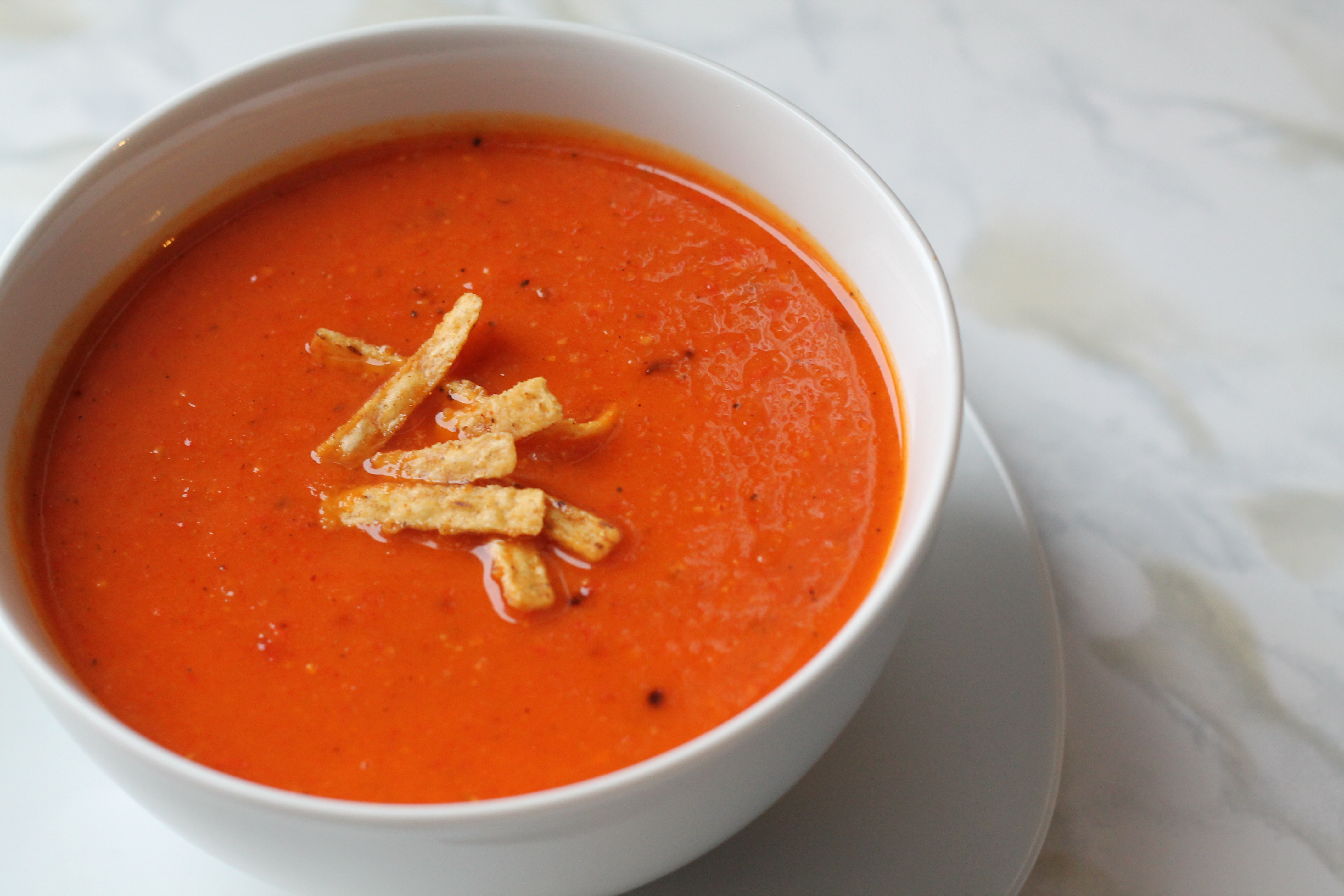 Roasted Red Pepper & Sweet Potato Soup | The Domestic Blonde