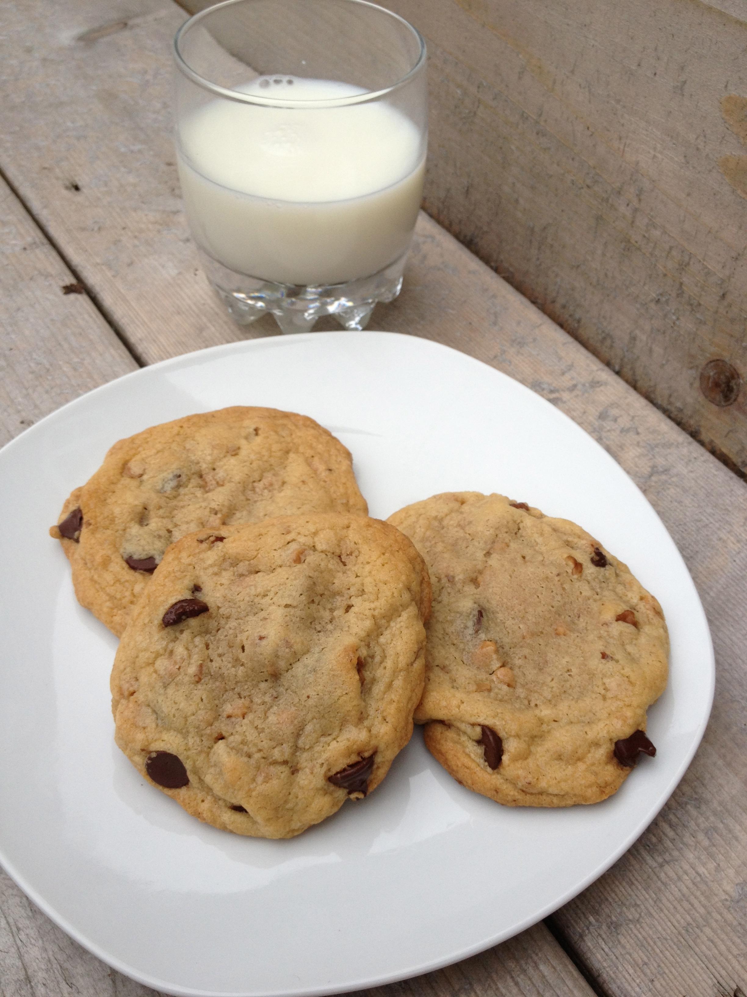 Pecan Toffee Chocolate Chip Cookies